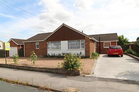 3 bedroom detached bungalow for sale - Beech Road,Elloughton