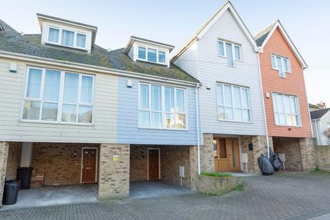 3 bedroom terraced house for sale - The Pathway, Broadstairs