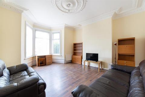 6 bedroom terraced house to rent - £70pppw - Jesmond Vale Terrace, Heaton, NE6
