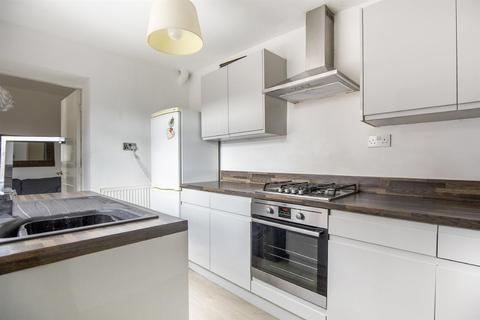 4 bedroom maisonette to rent - £70pppw - Chillingham Road, Heaton , Newcastle upon Tyne