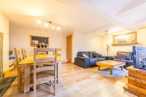 4 bedroom maisonette to rent - £75pppw - Trewhitt Road, Heaton, NE6