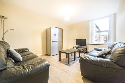4 bedroom maisonette to rent - £75pppw - Bolingbroke Street, Heaton, Newcastle Upon Tyne
