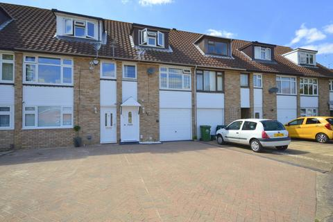 3 bedroom terraced house for sale - Bingham Drive, Laleham, Staines-Upon-Thames, TW18