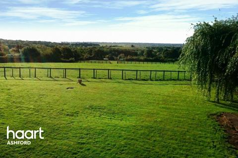 3 bedroom country house for sale - Mill Road, ASHFORD