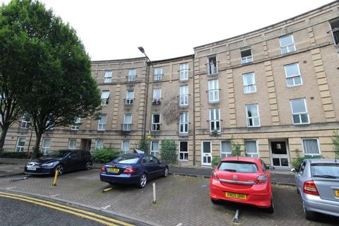 3 bedroom flat to rent - Morrison Circus, Haymarket, Edinburgh, EH3