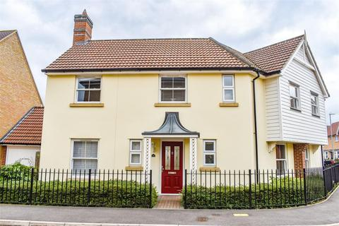 3 bedroom semi-detached house for sale - Almond Road, Dunmow