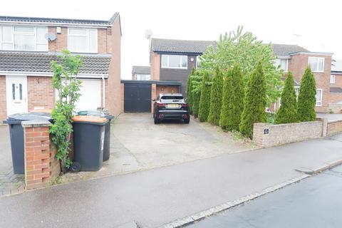 3 bedroom semi-detached house to rent - Kentwick Square, Houghton Regis LU5