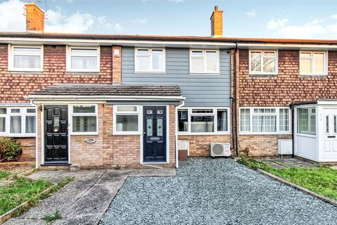 3 bedroom terraced house for sale - Linnet Drive, Chelmsford, Essex, CM2