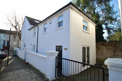 2 bedroom end of terrace house to rent - Clyde Road, Brighton, BN1