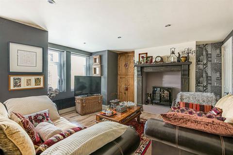 4 bedroom townhouse - Ripon Road, Harrogate, HG1 2BY