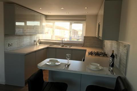 1 bedroom flat to rent - Flower Road, Aylesbury