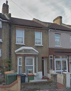 3 bedroom terraced house to rent - Eversleigh Road, London, E6