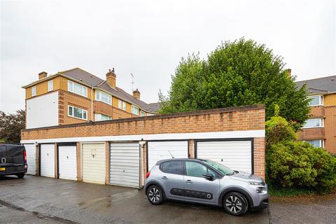 Garage to rent - South Bank Lodge, KT6