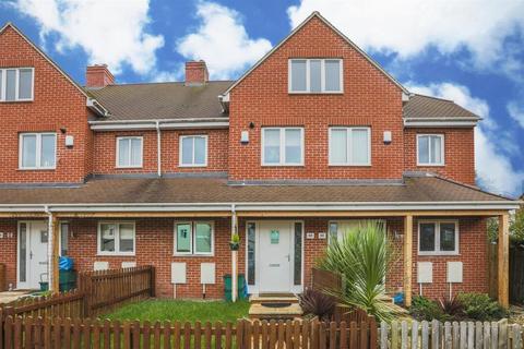 3 bedroom semi-detached house to rent - Tennyson Road, Cheltenham