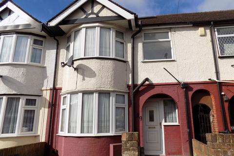 3 bedroom terraced house to rent - Runfold Avenue, Luton, Bedfordshire, LU3