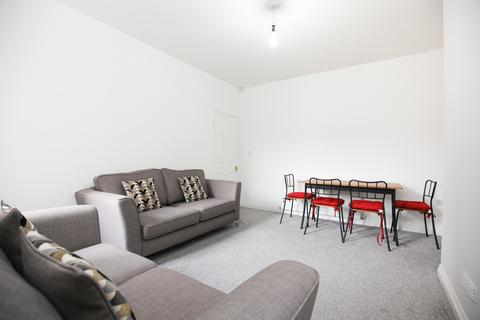 2 bedroom flat to rent - Simonside Terrace, Heaton, Newcastle Upon Tyne