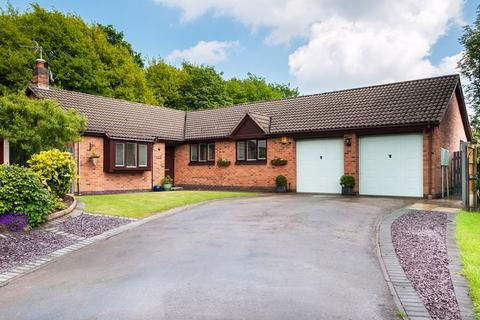 4 bedroom detached bungalow for sale - Ennerdale Drive, Congleton