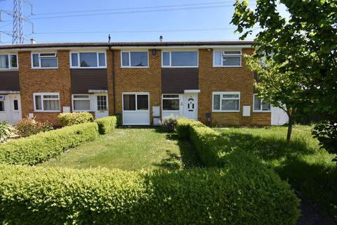 3 bedroom terraced house to rent - Therfield Walk, Dunstable