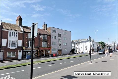 Studio to rent - Edward Street, Brighton, East Sussex