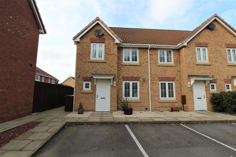 3 bedroom end of terrace house to rent - Ladybower Way, Kingswood, Hull