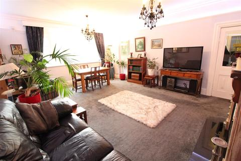 2 bedroom apartment to rent - Westbourne Avenue, Princes Avenue, Hull
