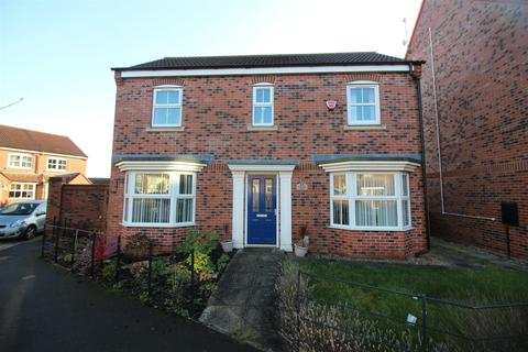 3 bedroom detached house for sale - Shinewater Park, Kingswood, Hull