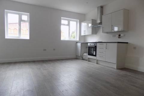 Studio to rent - Leagrave Road, Luton, Bedfordshire, LU4