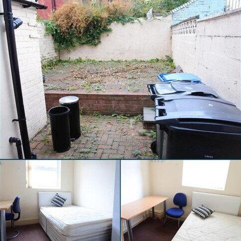 3 bedroom terraced house to rent - Kearsley Road, , Sheffield, S2 4TE