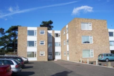 1 bedroom flat to rent - Langer Road, Felixstowe, IP11