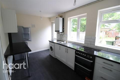 3 bedroom semi-detached house to rent - Trent Road, Luton