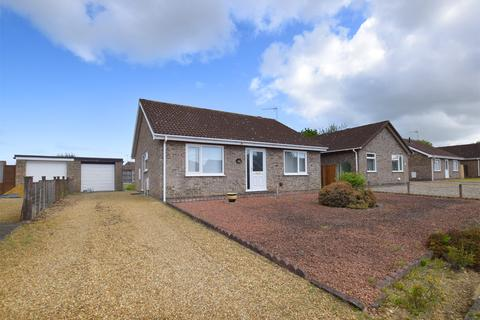 3 bedroom detached bungalow for sale - Euston Way, South Wootton
