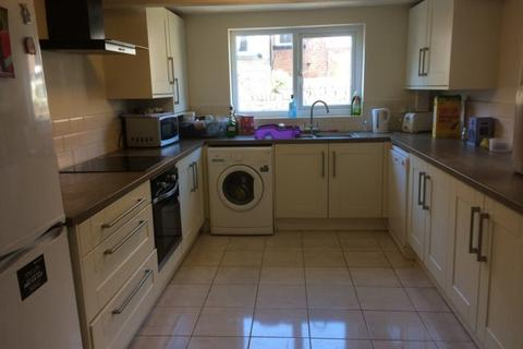 5 bedroom terraced house to rent - Ermine Road, Hoole