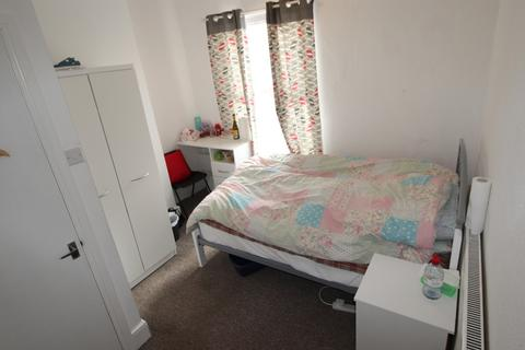 3 bedroom terraced house to rent - Winchester Street, Hillfields, Coventry, CV1 5NT