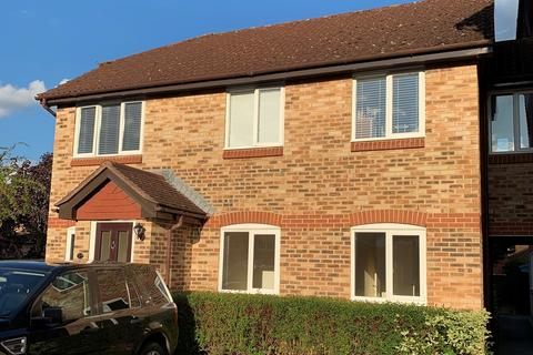 2 bedroom apartment for sale - Earlsfield Drive, Chelmer Village, Chelmsford, CM2