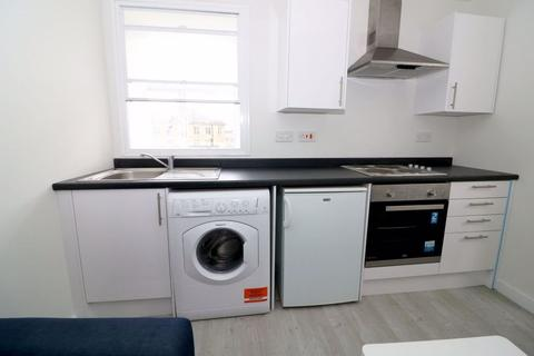1 bedroom apartment to rent - Incentives Available, Furnished, Cheapside, BD1