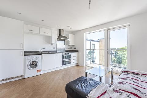 1 bedroom apartment to rent - Homesdale Road Bromley BR2