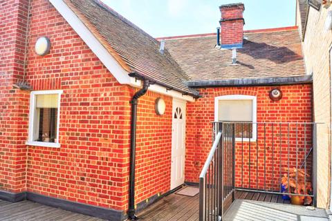 2 bedroom apartment to rent - Spittal Street, Marlow