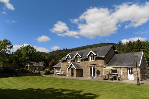 6 bedroom farm house for sale - Pentreclwyda, Resolven, Neath, Neath Port Talbot. SA11 4DU