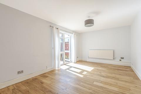 3 bedroom house to rent - Chipstead Close Crystal Palace SE19