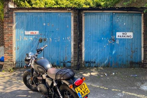 Garage for sale - Beauchamp Road, London, SW11