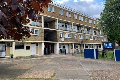 3 bedroom flat to rent - Key Close, Tower Hamlets