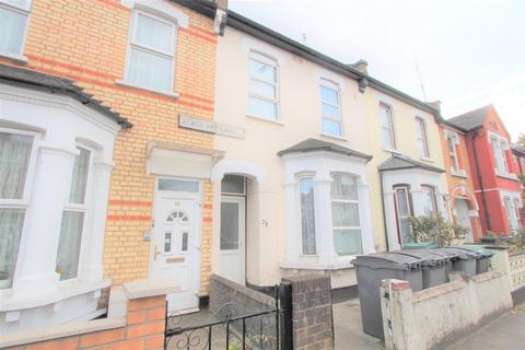 Studio to rent - Black Boy Lane, South Tottenham, N15