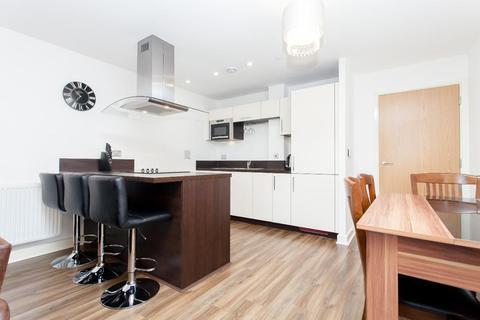 2 bedroom flat to rent - The Renaissance, 45 Loampit Vale, Lewisham, London, SE13 7FT