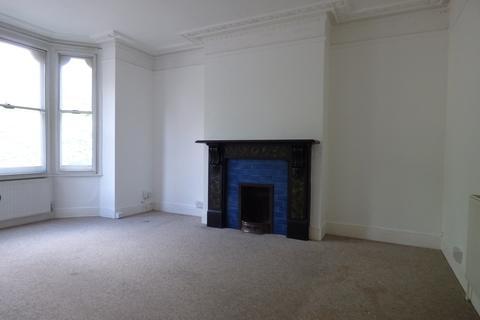 3 bedroom terraced house to rent - Tonbridge Road, Maidstone, ME16