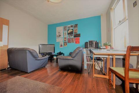 3 bedroom house to rent - Beechwood Walk