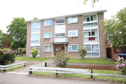 2 bedroom flat to rent - Rowley Court, Wellington Rd, Enfield, EN1