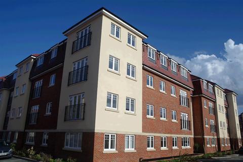 2 bedroom flat to rent - Schoolgate Drive, Morden