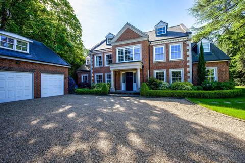 6 bedroom detached house to rent - Ascot, Surrey