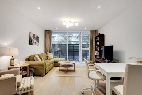 2 bedroom ground floor flat to rent - Granite Apartments 30 River Gardens Walk SE10