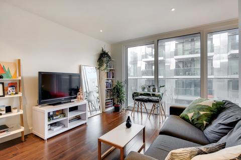 Studio for sale - City View Apartments Devan Grove London